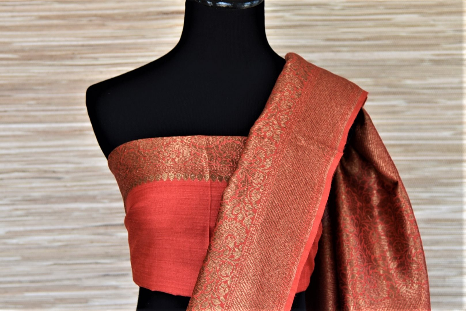Buy beautiful pink muga Banarasi sari online in USA with red antique zari border. Be an epitome of ethnic Indian fashion with traditional Banarasi sarees, georgette saris from Pure Elegance fashion store in USA.-blouse pallu