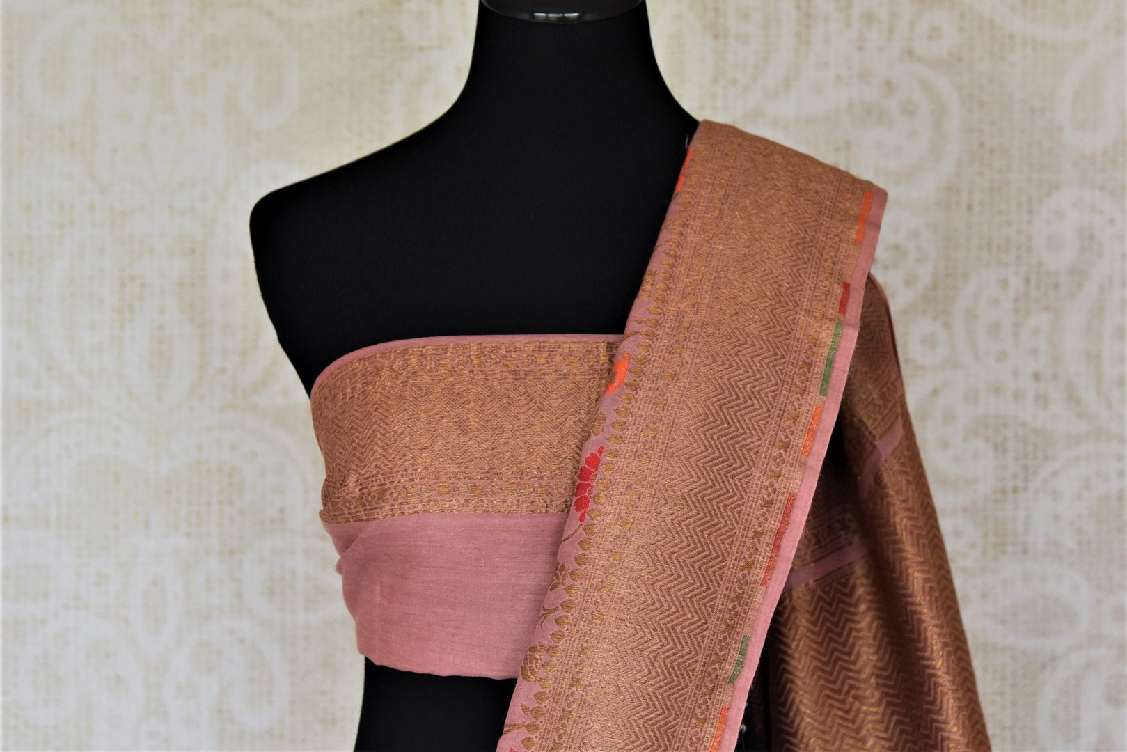 Shop beautiful blush pink minakari weave Banarasi saree online in USA with zari work. Keep it light yet festive on special occasions with beautiful handwoven saris, Banarasi sarees from Pure Elegance Indian fashion store in USA.-blouse pallu