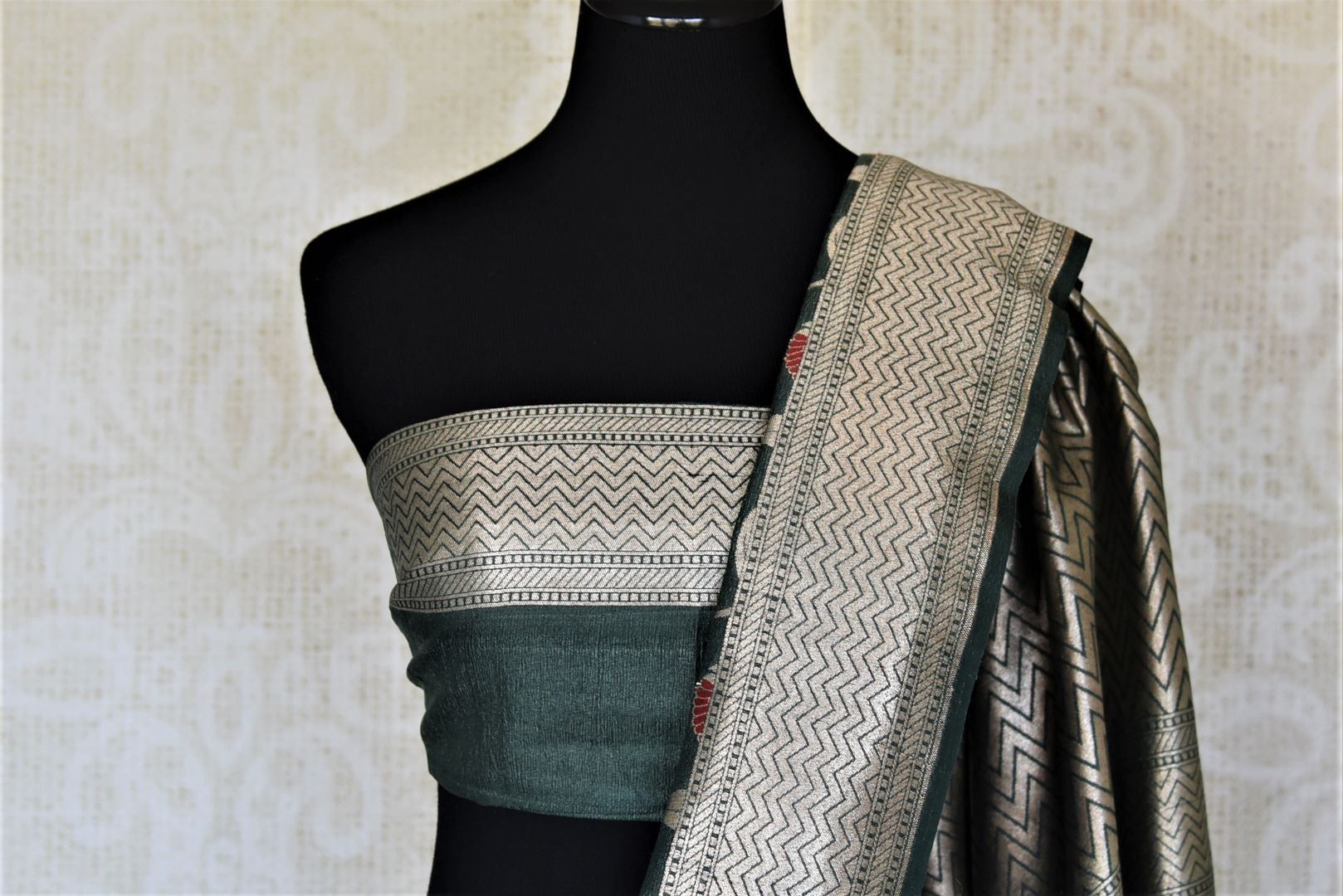 Buy beautiful grey khaddi Banarasi saree online in USA with silver zari and minakari work. For Indian women in USA, Pure Elegance Indian fashion store brings an exquisite collection Banarasi sarees, Banarasi silk saris, tussar sarees,  work sarees, pure silk sarees all under one roof. Shop online now.-blouse pallu
