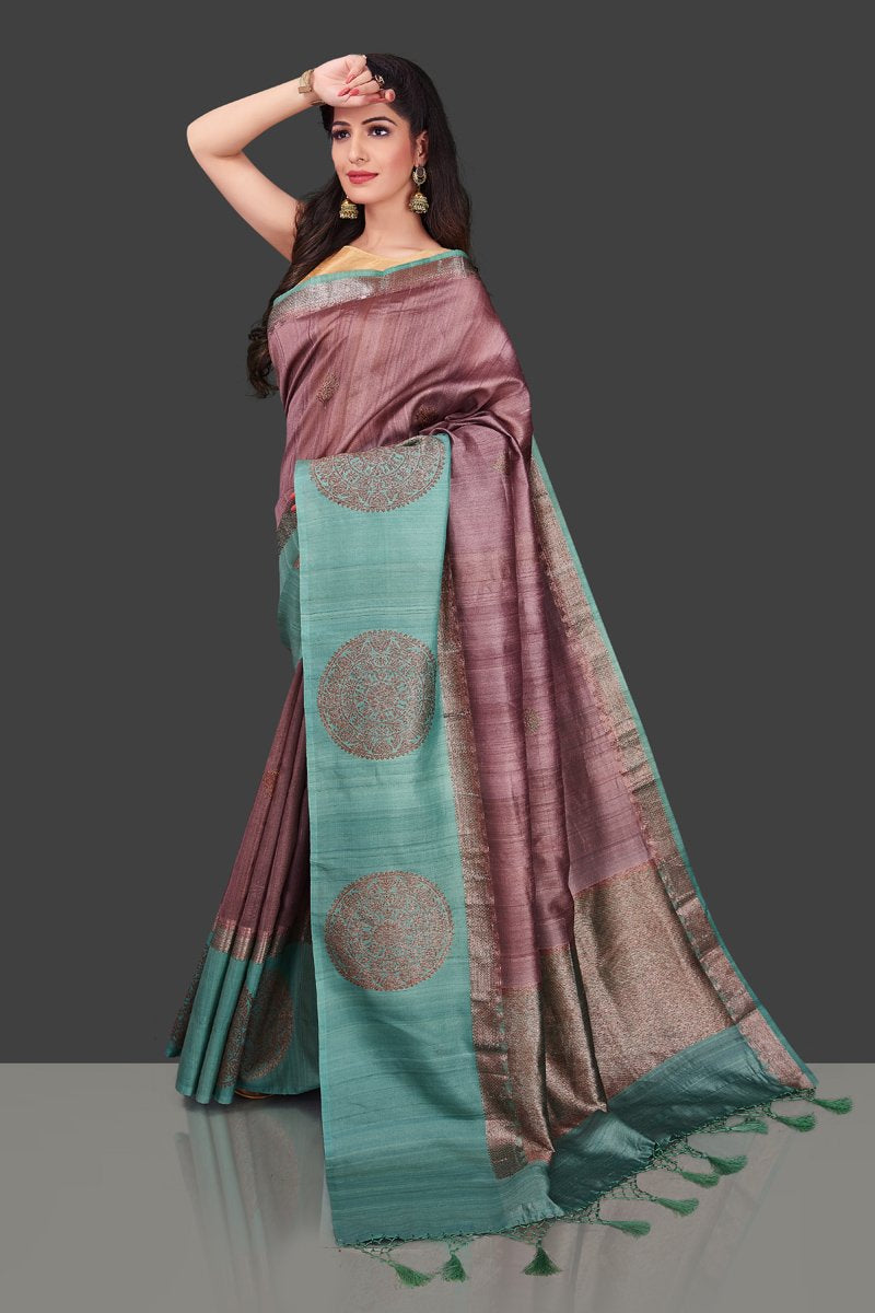 Buy beautiful mauve color tassar Benarasi saree online in USA with zari buta on green border. Shop beautiful Banarasi georgette sarees, tussar saris, pure muga silk saris in USA from Pure Elegance Indian fashion boutique in USA. Get spoiled for choices with a splendid variety of Indian sarees to choose from! Shop now.-pallu