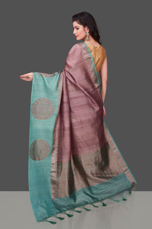 Buy beautiful mauve color tassar Benarasi saree online in USA with zari buta on green border. Shop beautiful Banarasi georgette sarees, tussar saris, pure muga silk saris in USA from Pure Elegance Indian fashion boutique in USA. Get spoiled for choices with a splendid variety of Indian sarees to choose from! Shop now.-back