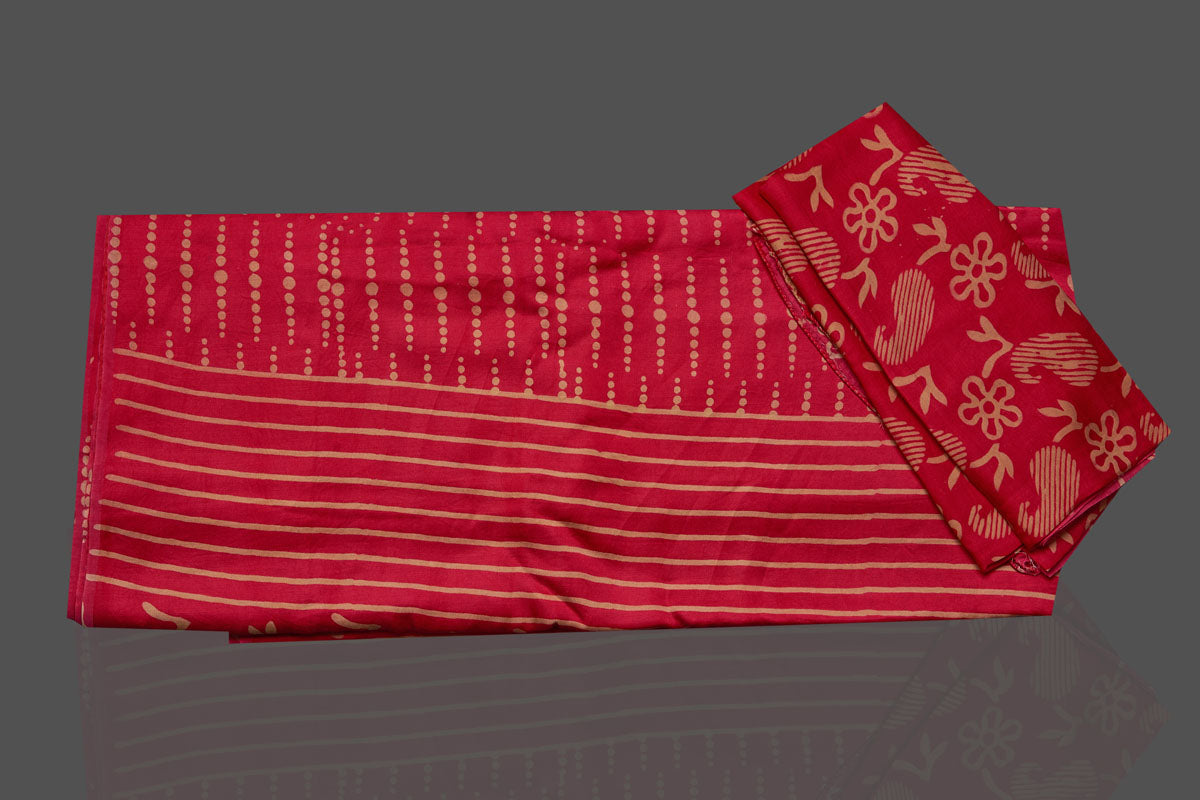 Buy gorgeous red printed modal silk sari online in USA. Make your presence felt on special occasions in beautiful embroidered sarees, handwoven sarees, pure silk sarees, tussar sarees from Pure Elegance Indian saree store in USA.-blouse