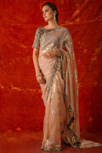 Buy beautiful offwhite embroidered organza saree with blouse online in USA. Saree crafted with fine embroidery,has floral design,heavy grey border.Grey color blouse has fine silver design. Be the talk of parties and weddings with exquisite designer sarees from Pure Elegance Indian clothing store in USA.Shop online now.-full view