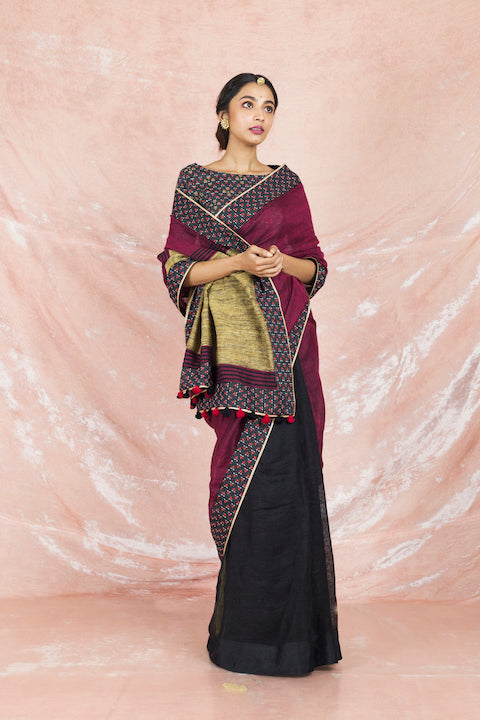 Shop elegant wine and black handloom sari online in USA with black printed saree blouse. Champion ethnic fashion on weddings and festivals with a stunning collection of Banarasi sarees, handloom sarees with blouse, bridal sarees, from Pure Elegance Indian fashion store in USA.-full view