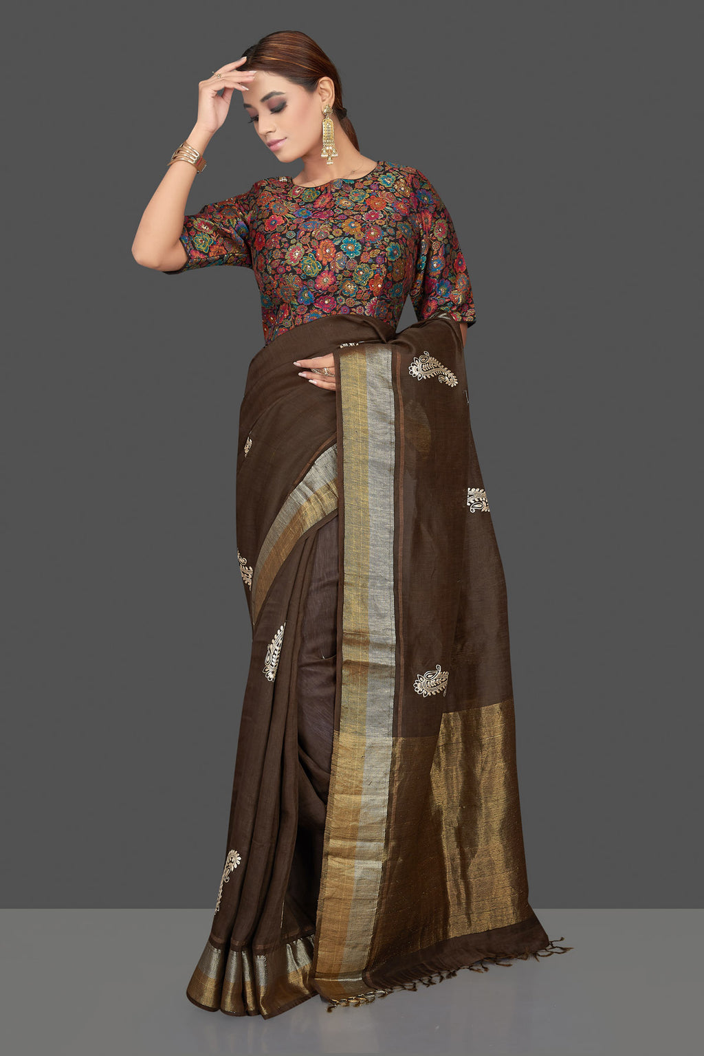 Buy beautiful coffee brown embroidered linen Banarasi saree online in USA with multicolor floral blouse. Shop gorgeous handwoven saris, linen sarees, pure silk sarees, traditional Banarasi sarees in USA from Pure Elegance Indian saree store.-full view