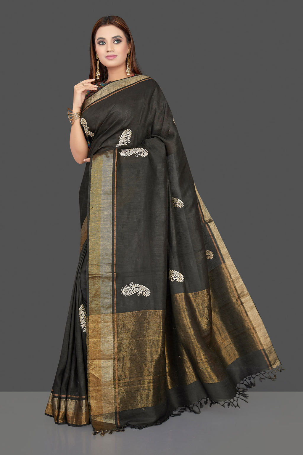 Buy beautiful black embroidered linen Banarasi saree online in USA with multicolor floral blouse. Shop gorgeous handwoven saris, linen sarees, pure silk sarees, traditional Banarasi sarees in USA from Pure Elegance Indian saree store.-full view