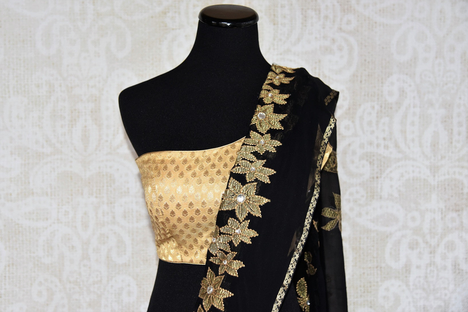 Black w/ jeweled flower pattern thread-work embroidered saree. Perfect party saree for Indian casual party. -Thread-work