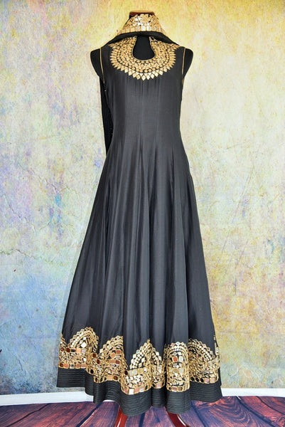 500859 Shop this ethnic Indian Pure Elegance black anarkali suit online or from our store near NYC. It is perfect for any wedding, reception, sangeet or engagement party. Front View.