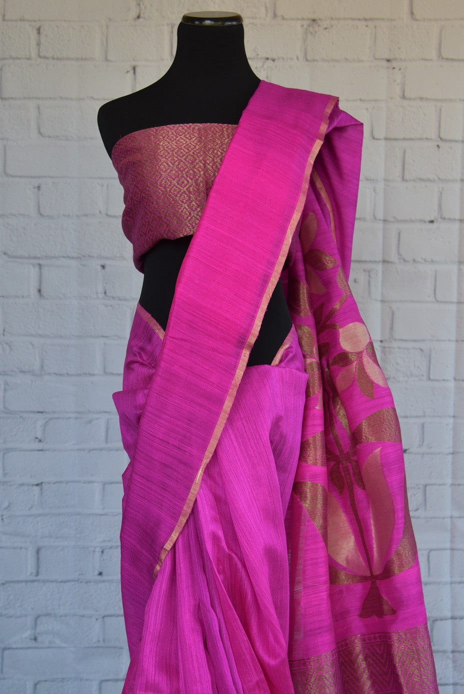 90C278 Vibrant rani pink matka Banarasi saree with classic zari pallu. The traditional saree, available online in USA at our store - Pure Elegance is a lovely pick for Indian wedding functions.