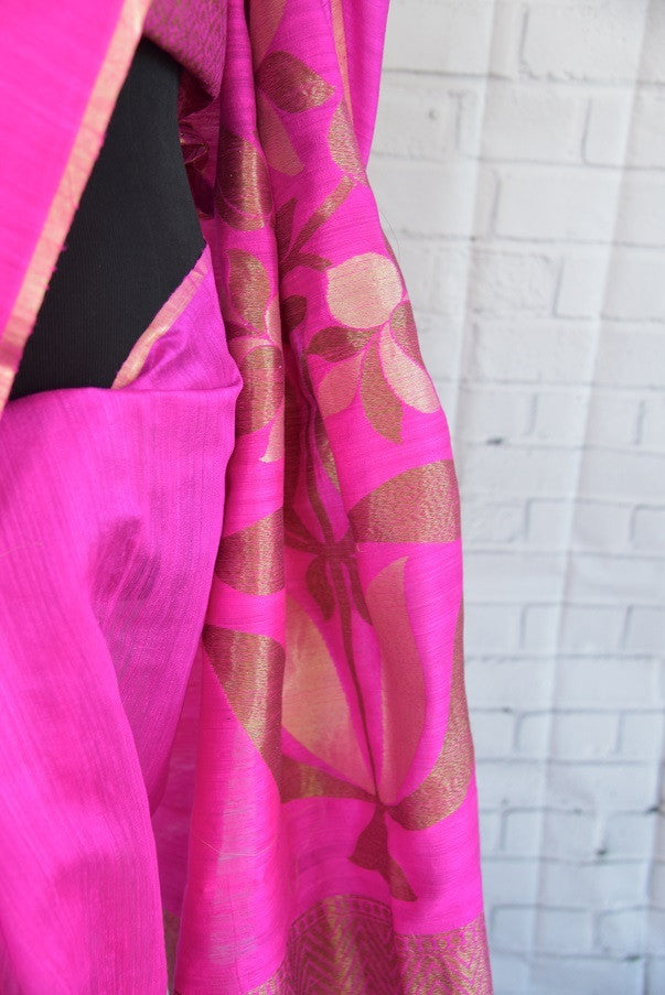 90C278 Eye-catching rani pink matka Banarasi saree with classic zari pallu. The traditional saree, available online in USA at our store Pure Elegance is a wonderful choice for Indian wedding functions and festive occasions.
