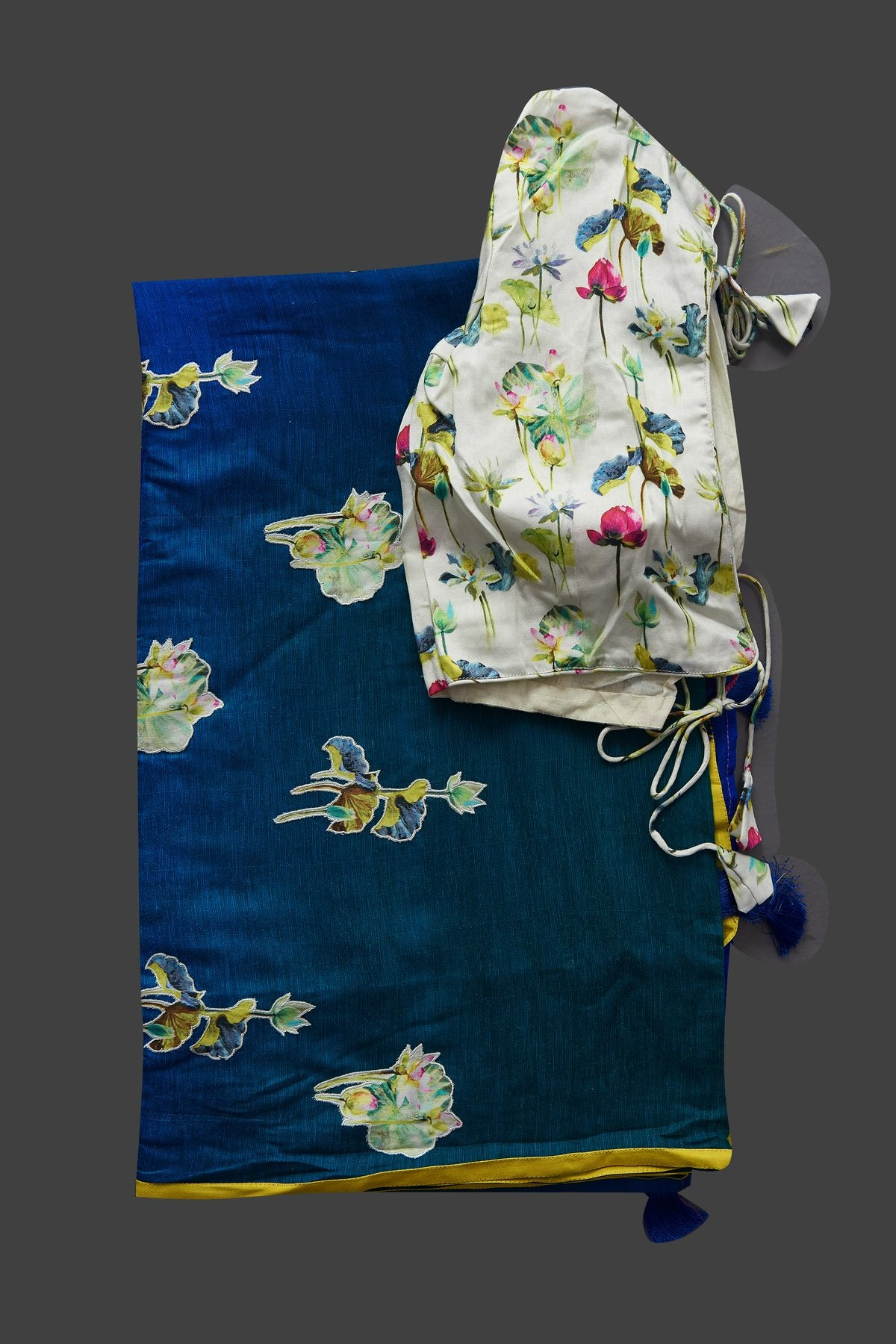 Shop blue and green applique work linen saree online in USA with white floral saree blouse. Radiate elegance with designer sarees with blouse, linen sarees from Pure Elegance Indian fashion boutique in USA. We bring a especially curated collection of ethnic saris for Indian women in USA under one roof!-blouse