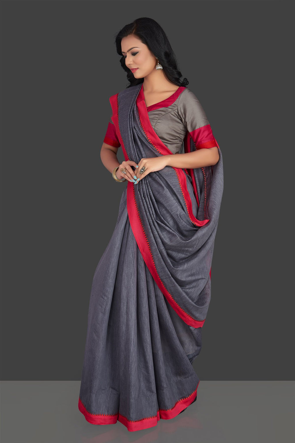 Shop elegant grey linen saree online in USA with pink border and saree blouse. Radiate elegance with designer sarees with blouse, linen sarees from Pure Elegance Indian fashion boutique in USA. We bring a especially curated collection of ethnic saris for Indian women in USA under one roof!-full view