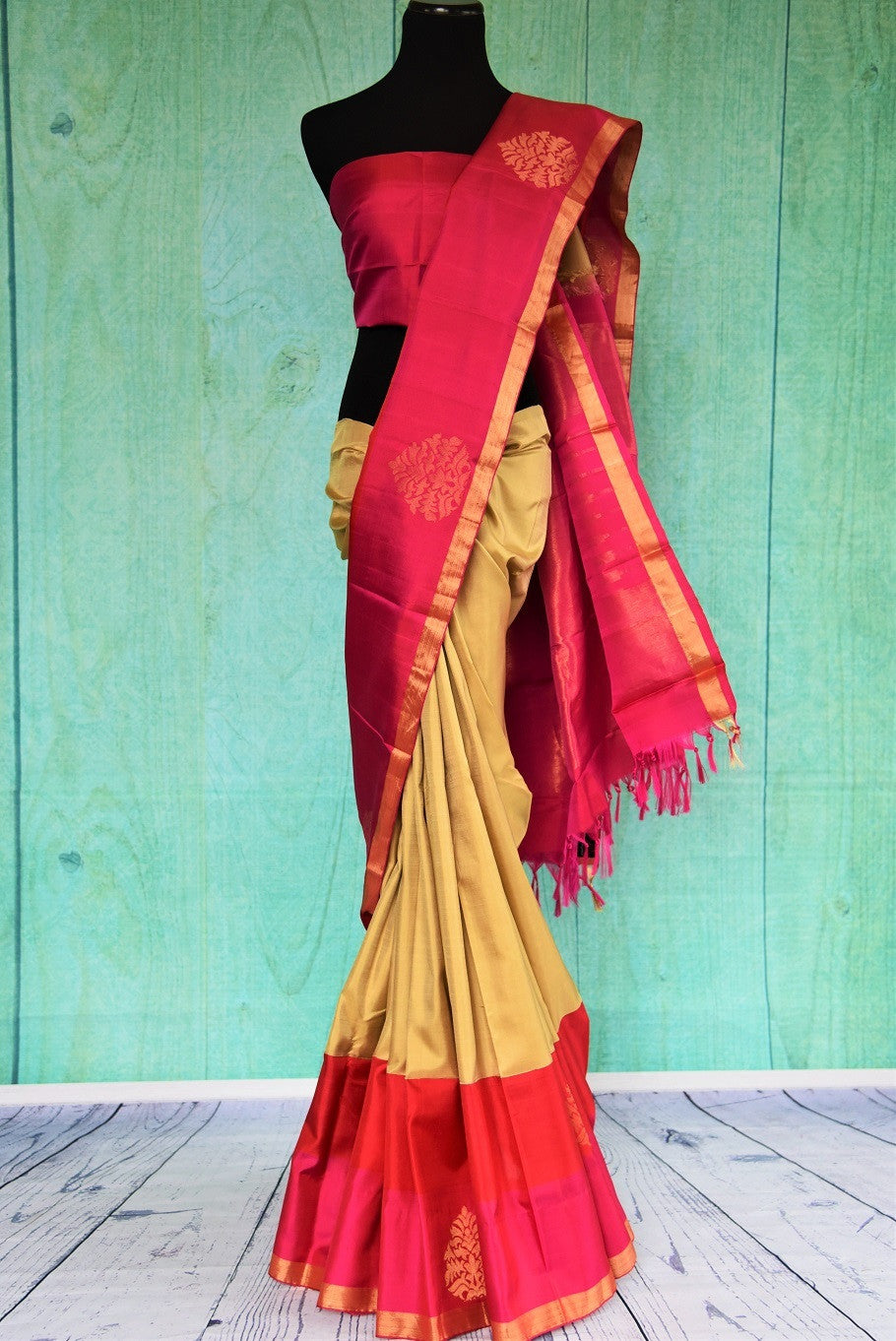 90C449 Red & Beige Kanchipuam Saree With A Hint Of Pink
