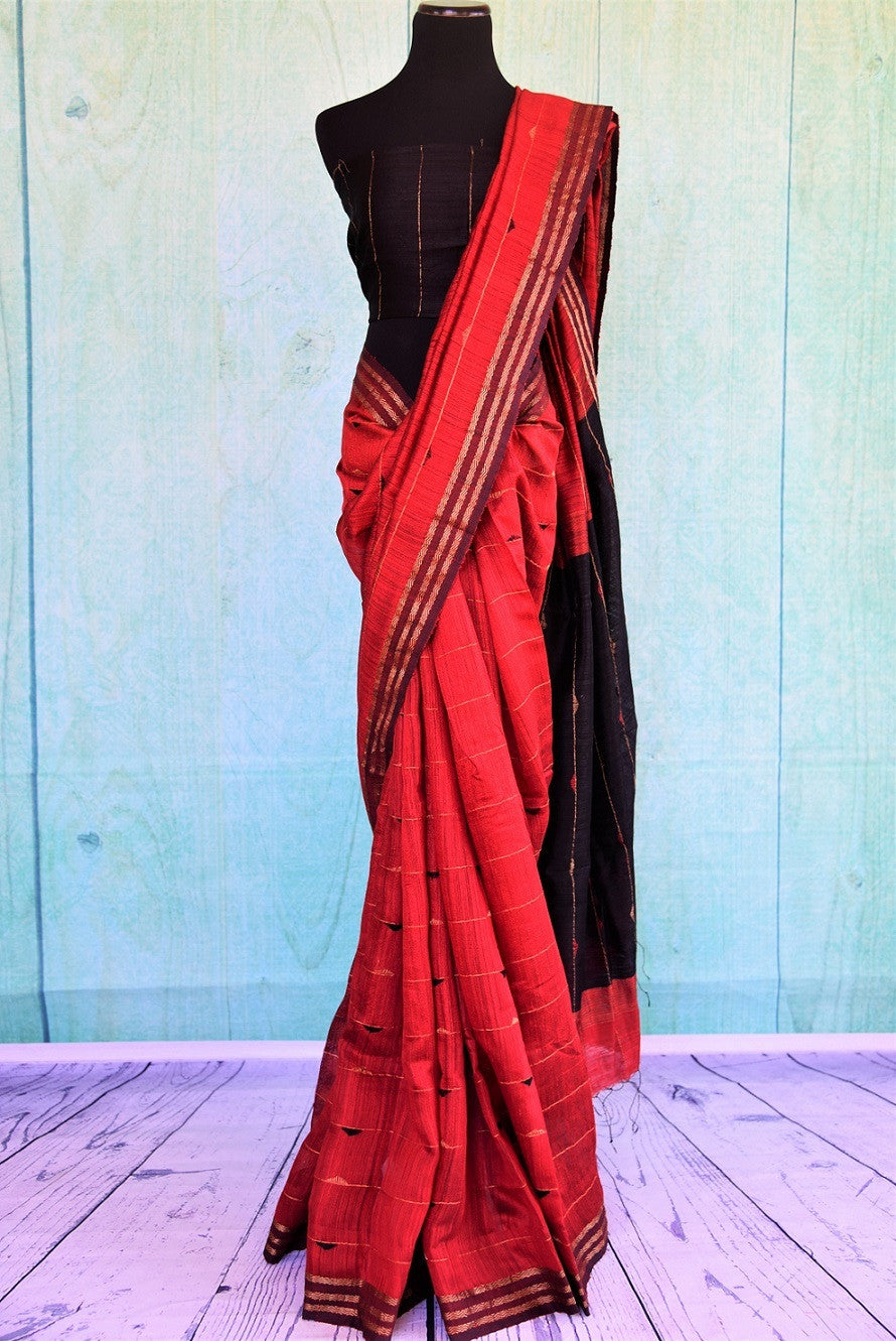90C365 Bold Red Matka Saree With Black Blouse And Pallu