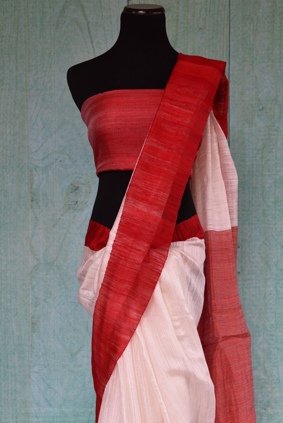 90C309 White Matka Silk Saree With Red Border & Pallu