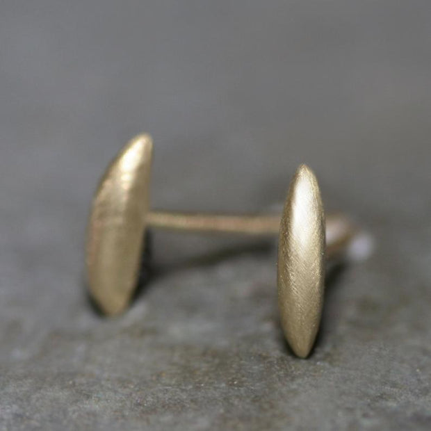 Seed Stud Earring in 14 Karat Gold