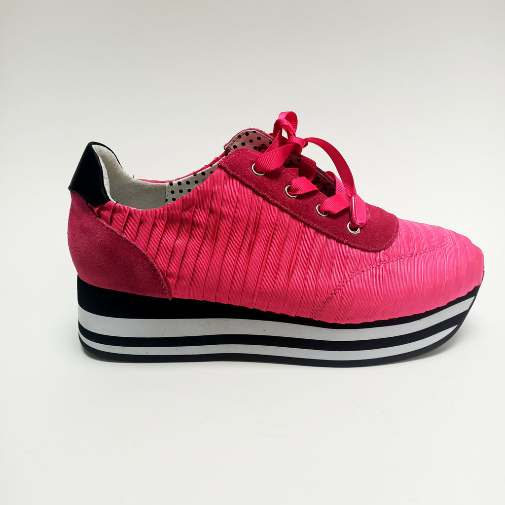 Victoress Pleat - Hot Pink - Minx