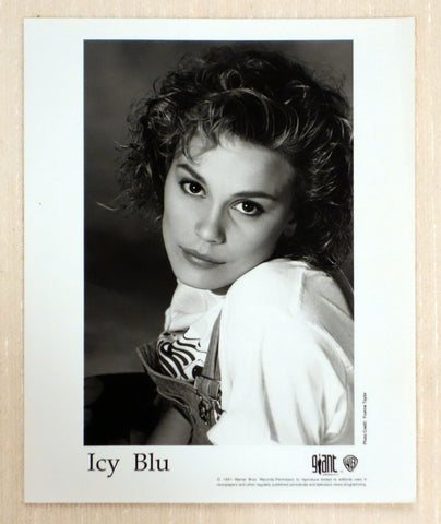 Icy Blu - Giant Records - Promotional Photo