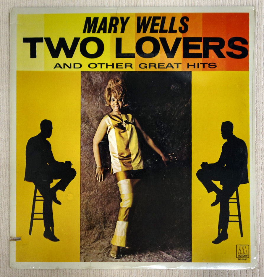 Front album cover to Mary Wells vinyl record Two Lovers.
