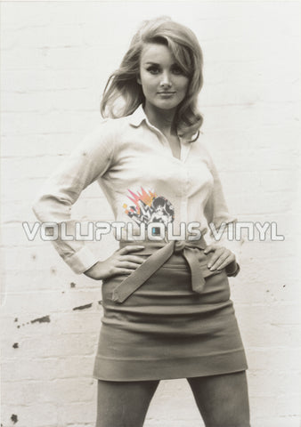 Barbara Bouchet - Sexy Mini Shirt