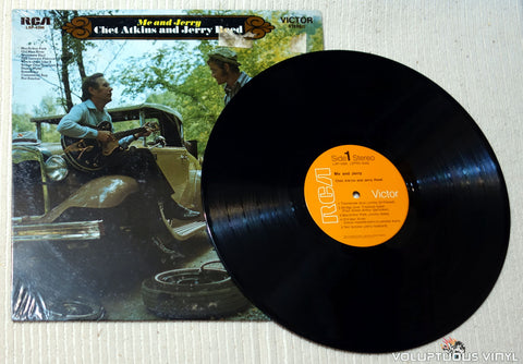 Chet Atkins And Jerry Reed ‎– Me And Jerry vinyl record
