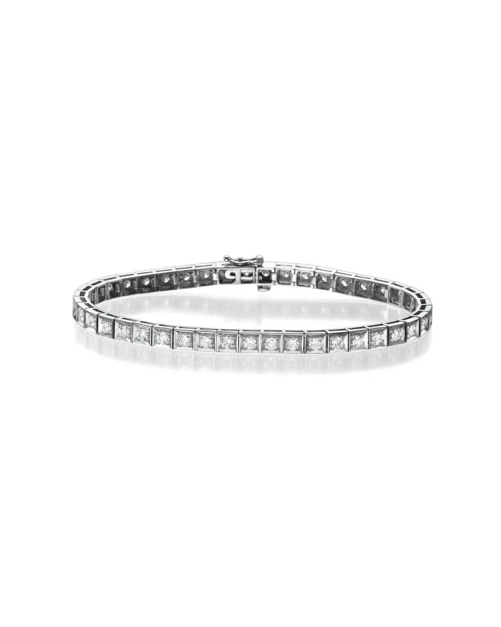 Bracelets Diamond Tennis Bracelet in White Gold - 2.15 carat (0.05ct each) F/VS Quality