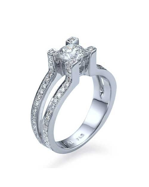 Engagement Rings White Gold Split Shank Round Engagement 4 Prong Ring - 0.75ct Diamond