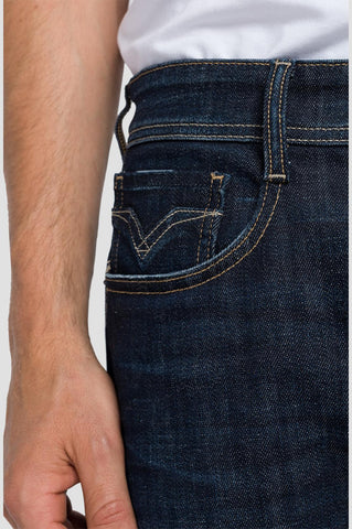 ID20391-Replay Rocco Jean Dark Wash Jean
