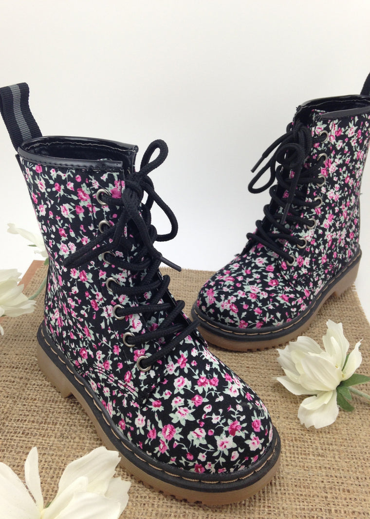 Girls Floral Print Lace Up Boots