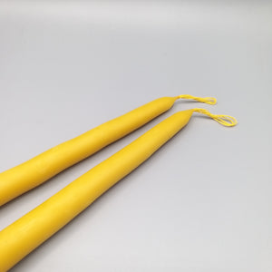 Beeswax Tapered Candles 33cm x 2