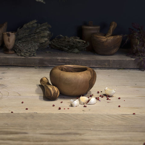 Olive wood pestle and mortar (Rounded edge)