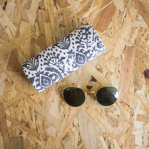 IKAT SPECTACLE CASE