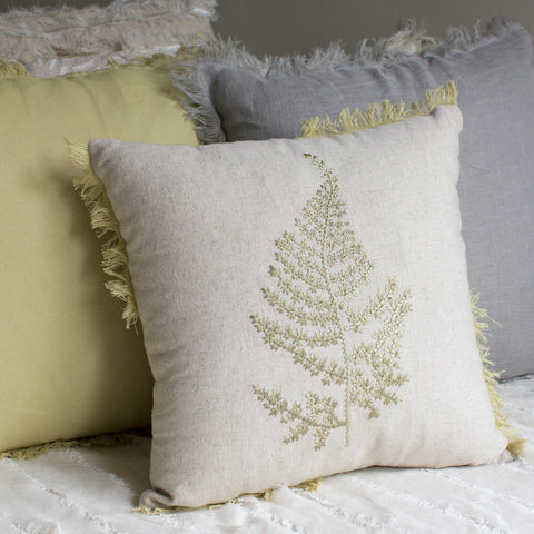 THE MISTY WOODS CUSHION COVER