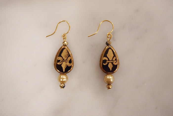 LA2LA Handmade Black And Gold Hand Painted Fleur De Lis Charm Earrings