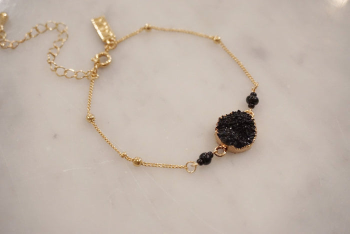 LA2LA Handmade Black And Gold Druzy Charm Bracelet