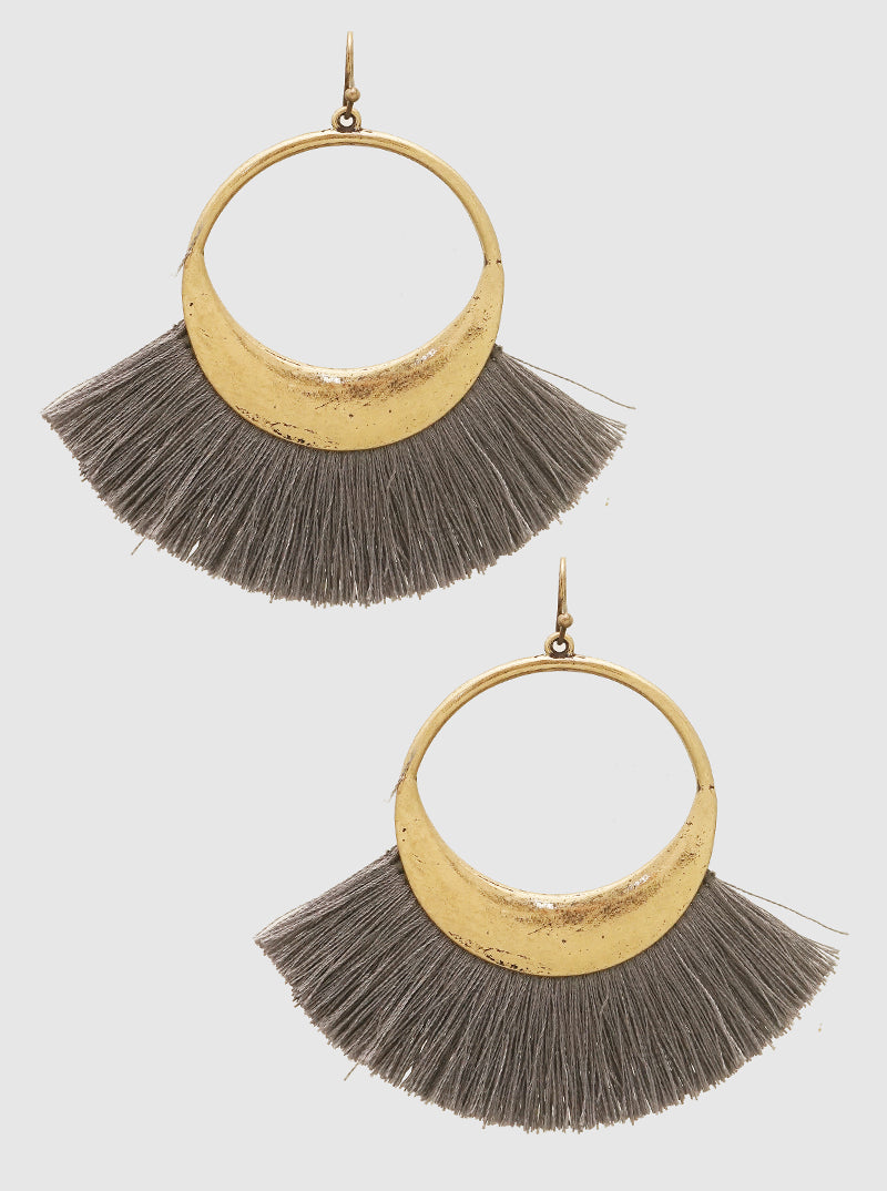 CRECENT SHAPE THREAD TASSELS DROP EARRINGS 2