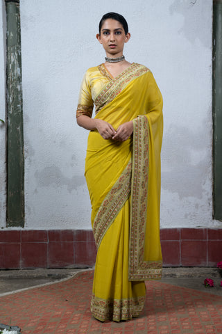 Mysore: Yellow Saree