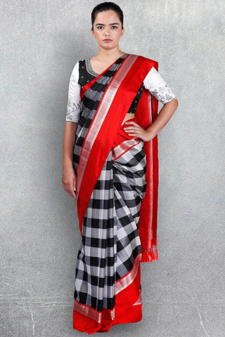 Checks Saree with Red Border