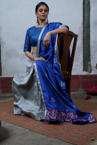Roja: A blooming beauty in blue