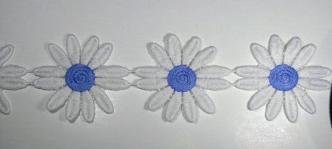 "1 7/8"" Venice Lace Daisy Trim Col. White / Light Blue - 10 Continuous Yards"