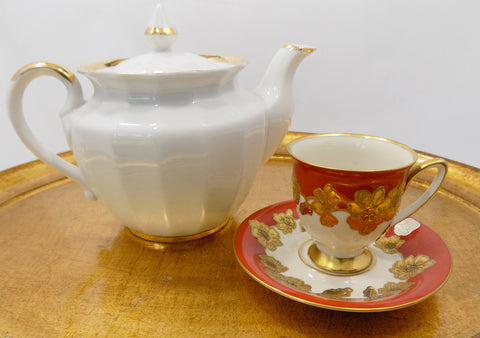 4348 White and Gold Russian Teapot on gold tray with cup and sucer-50-4101 x 2886-jpg.JPG