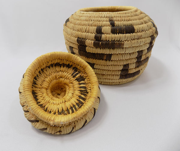 Tohono O'odham (Papago) Basket By Sally Juan Native American Art From Arizona inside lid view