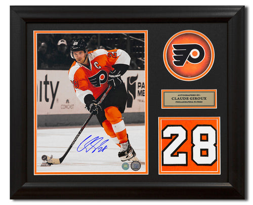 bc2584d73 Claude Giroux Philadelphia Flyers Signed Franchise Jersey Number 23x19 Frame