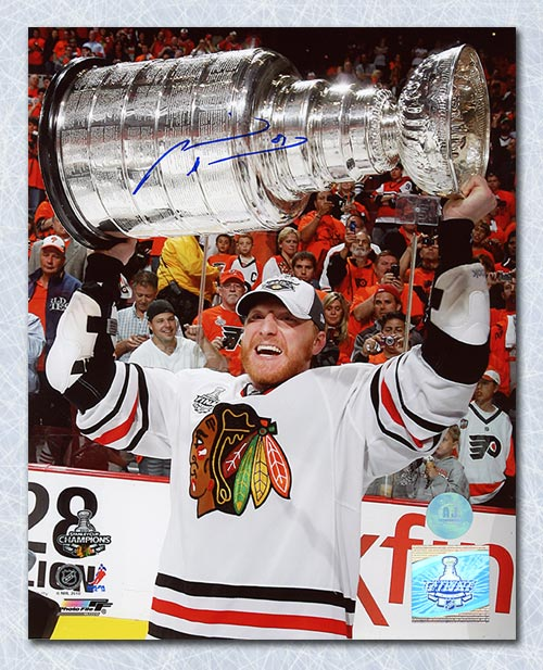 Marian Hossa Chicago Blackhawks Autographed 2010 Stanley Cup 8x10 Photo