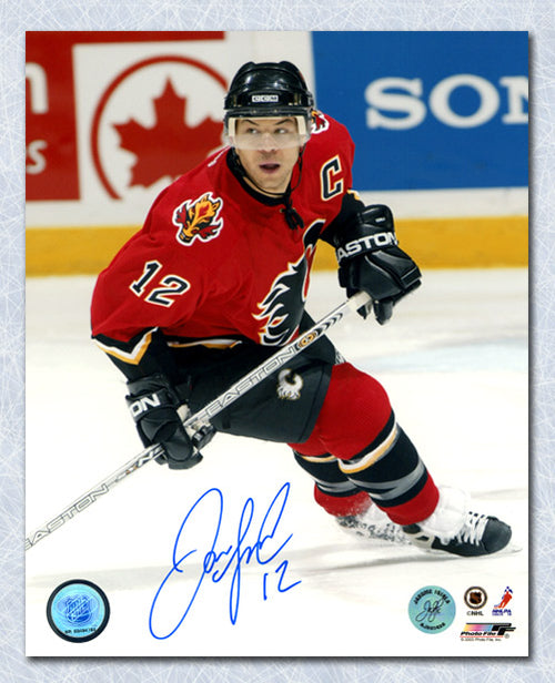Jarome Iginla Calgary Flames Autographed Action 8x10 Photo