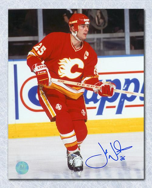 Joe Nieuwendyk Calgary Flames Autographed Captain 8x10 Photo