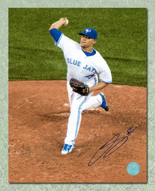 Roberto Osuna Toronto Blue Jays Autographed Rookie Pitching 8x10 Photo