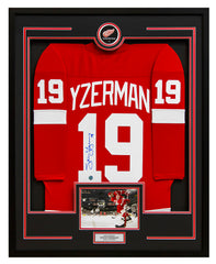Steve Yzerman Detroit Red Wings Signed Retro Style 35x43 Framed Hockey Jersey