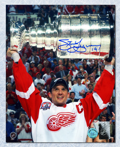 Steve Yzerman Detroit Red Wings Signed 2002 Stanley Cup Champion 8x10 Photo