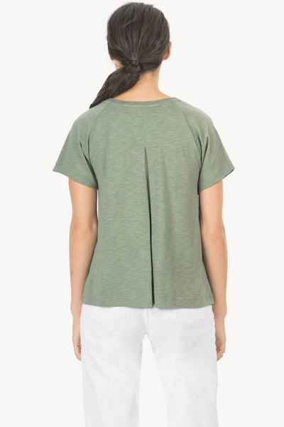 Lilla P Short Sleeve Pleat Back